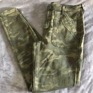 American Eagle camouflage jegging
